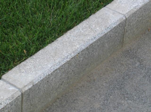 Бордюрный камень фото цена железобетонный фундамет