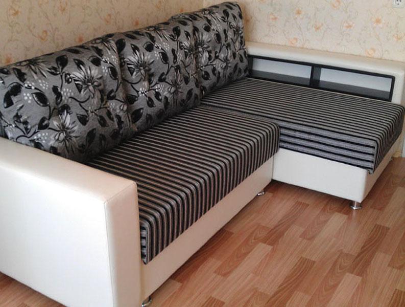 Мягкая мебель из экокожи