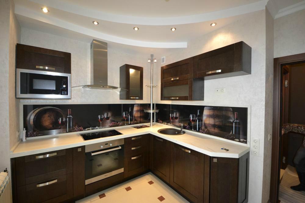 Квартиры ремонты кухни